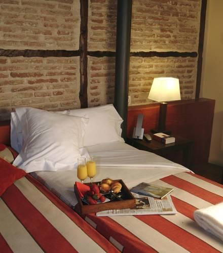 Habitación doble dos camas separadas del hotel Abad Toledo. Foto 2