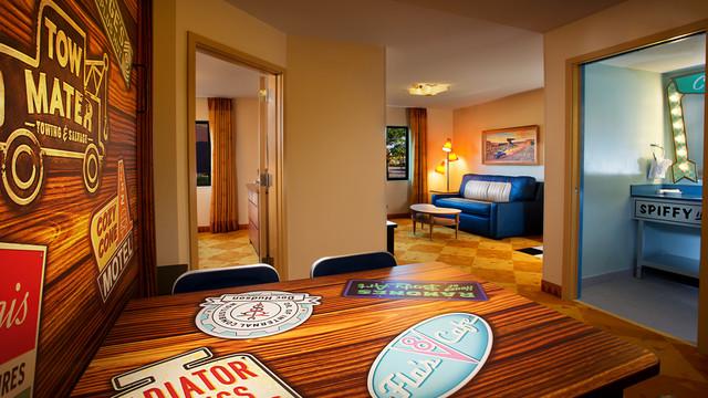 Resultado de imagen para hoteles de disney cars