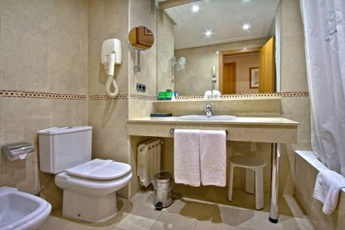 Habitación doble dos camas separadas Confort del hotel Silken Juan de Austria