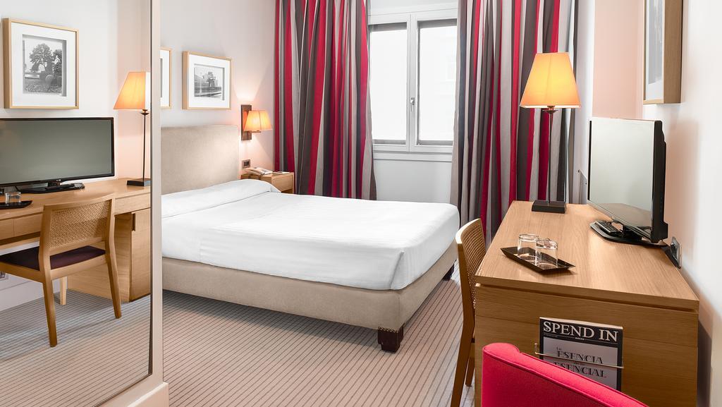 Basic del hotel Ercilla. Foto 1