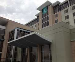 Hotel Embassy Suites Elizabeth Newark Airport