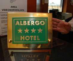 Hotel Motel Top