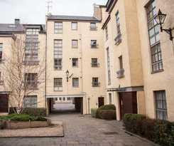 Apartamentos Royal Mile Accommodation