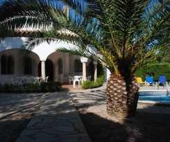 Viviendas Turísticas Vacacionales Villa Alambra