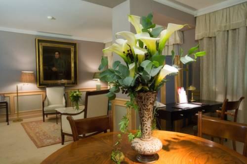 Suite  del hotel Palafox. Foto 3