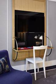Junior suite  del hotel L'echiquier Opéra Paris Mgallery Collection. Foto 1