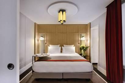 Junior suite  del hotel L'echiquier Opéra Paris Mgallery Collection. Foto 3