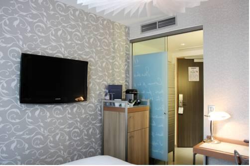 Habitación individual  del hotel Best Western Premier Le Swann. Foto 2