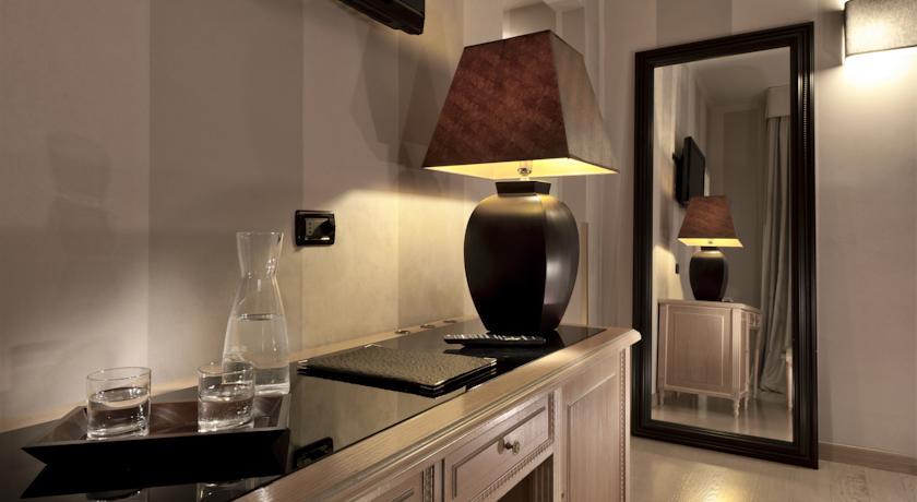 Habitación doble Confort del hotel Ambasciatori. Foto 1