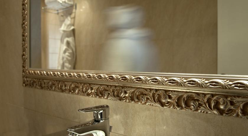 Habitación doble Económica del hotel Ambasciatori. Foto 2