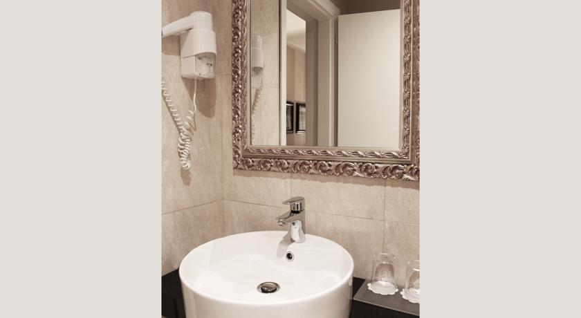 Habitación individual  del hotel Ambasciatori. Foto 2