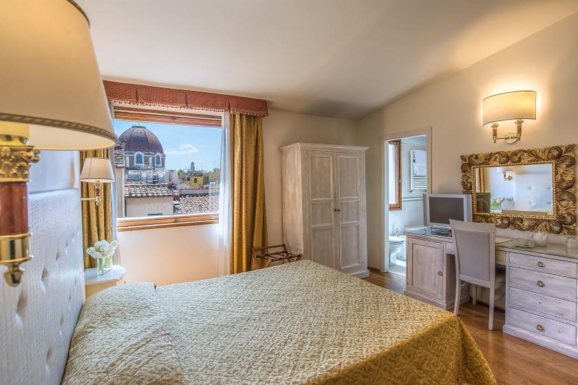 Habitación doble Superior Vista ciudad del hotel Atlantic Palace. Foto 2