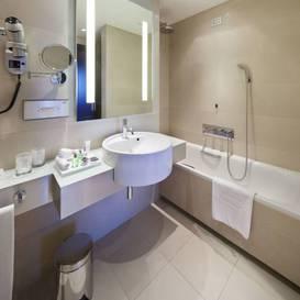 Habitación individual Superior del hotel NH Collection Milano President. Foto 1