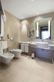 Habitación individual Superior del hotel NH Collection Milano President. Foto 2