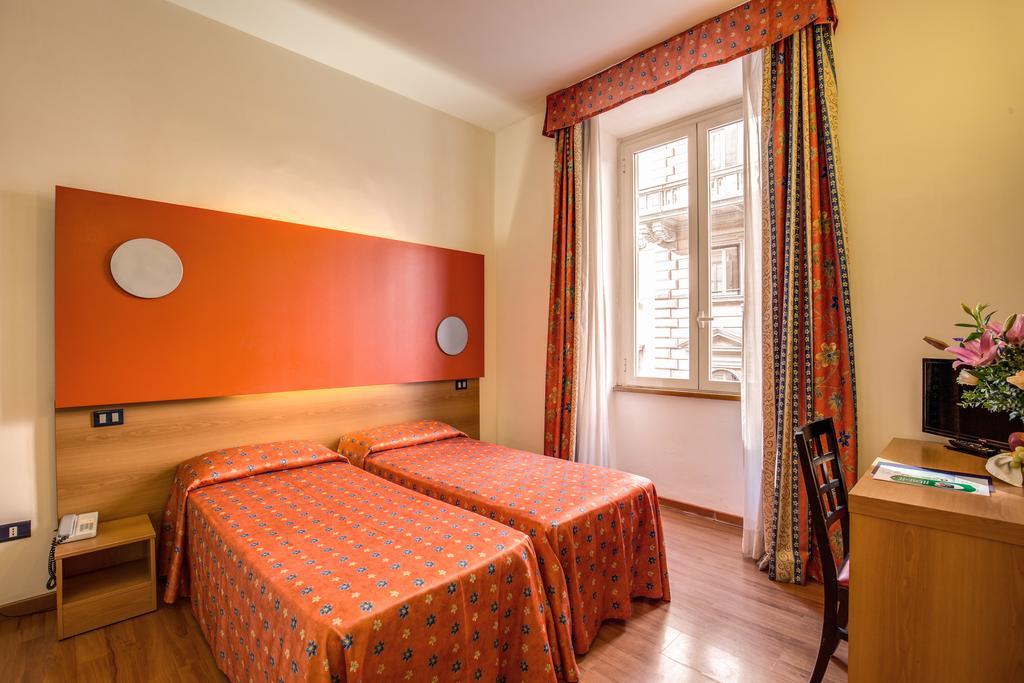 Habitación doble  del hotel San Remo. Foto 1