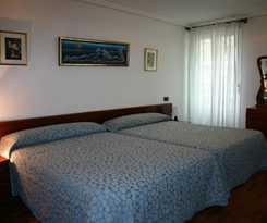 Hotel Pensión Ira