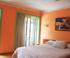 Hotel Hostal Carbonara