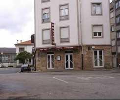 Hotel Hostal Valadares