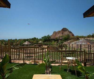 Polynesian Elephants Observatory del hotel Magic Natura Animal, Waterpark & Polynesian Lodge Resort. Foto 2