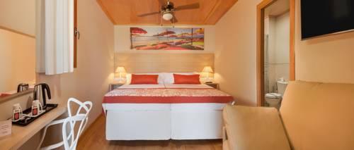 Polynesian Supreme Sea View 2/3 pax del hotel Magic Natura Animal, Waterpark & Polynesian Lodge Resort