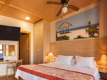 Polynesian Supreme Sea View 2/3 pax del hotel Magic Natura Animal, Waterpark & Polynesian Lodge Resort. Foto 1