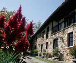 Hotel Ardavin I y II (Caserias de Sorribas)
