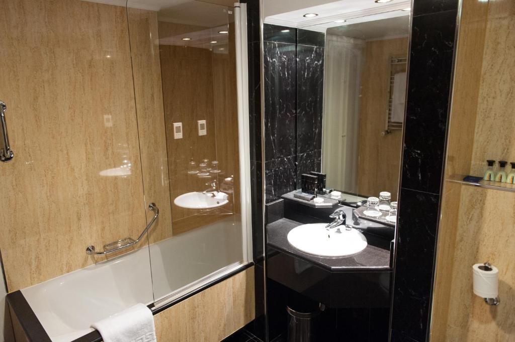 The Level 3 Bedroom Suite del hotel Melia White House
