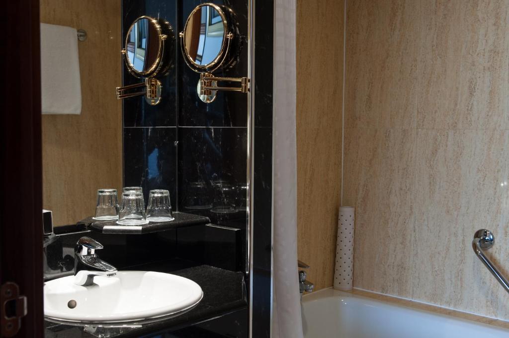 Habitación doble Accesible del hotel Melia White House