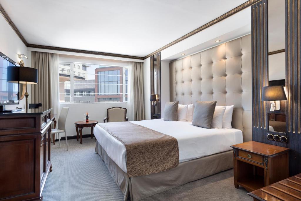 Habitación doble Premium del hotel Melia White House. Foto 1