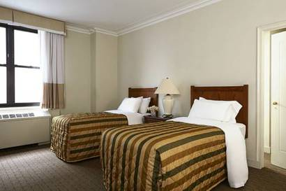 Habitación Clásica dos camas separadas del hotel Pennsylvania. Foto 1