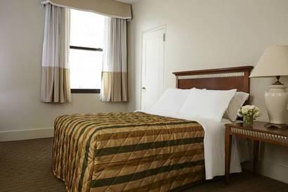 Habitación Clásica del hotel Pennsylvania. Foto 1