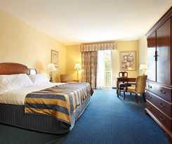 Hotel Trianon Bonita Bay Hotel