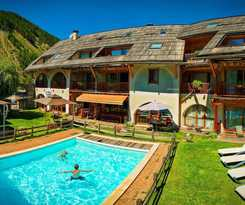 Hotel La Ferme De L'izoard
