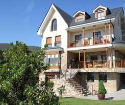 Viviendas Turísticas Vacacionales Villa Mencia