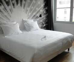 Hotel 21, Foch