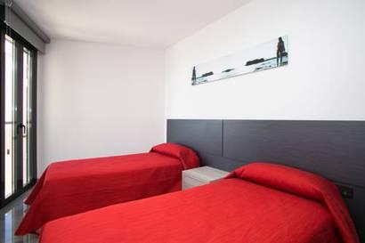 Apartamento 2 dormitorios del hotel Fuengirola Playa. Foto 2