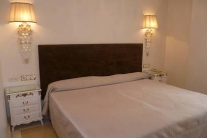 Habitación doble  del hotel Sercotel Artheus Carmelitas Salamanca