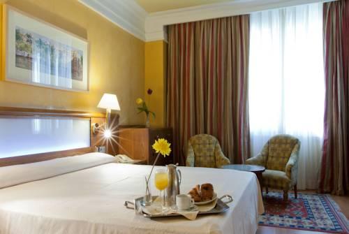 Junior suite  del hotel Senator Gran Via 70. Foto 2