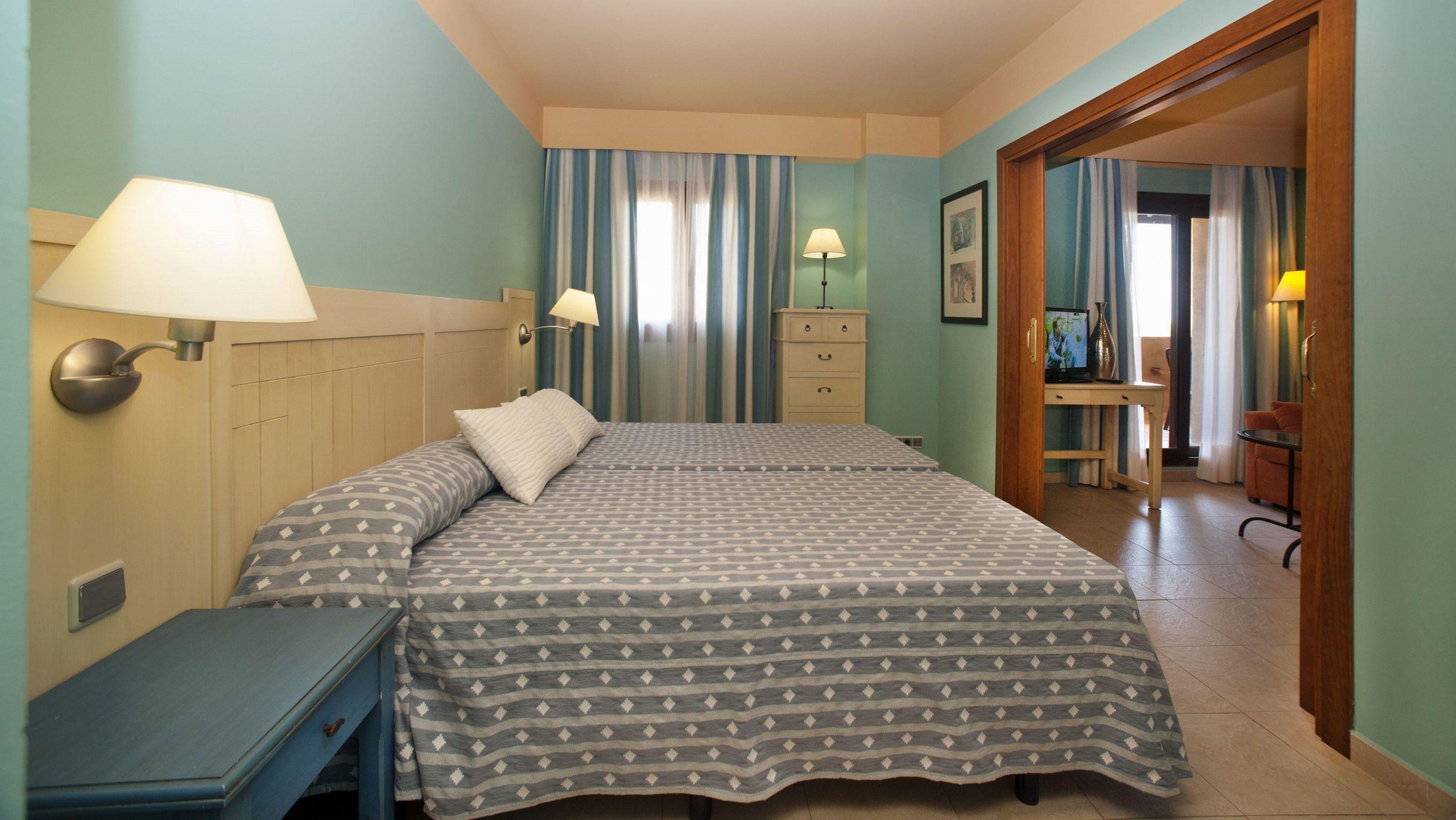 Apartamento 2 dormitorios  del hotel Leo Jardines De Isla Canela. Foto 2