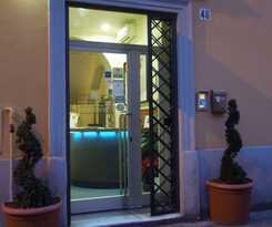 San Lorenzo Guest House