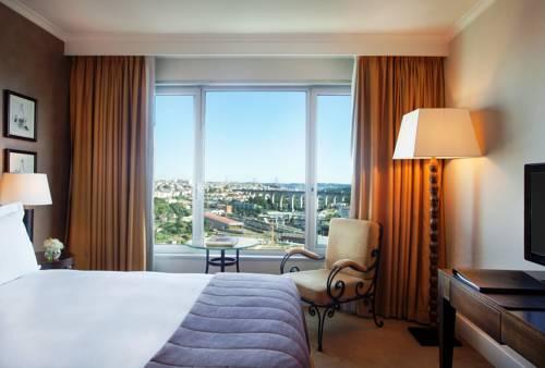 Hotel corinthia lisbon barat simo for Habitaciones familiares lisboa
