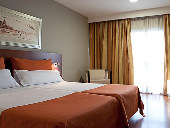 Habitación doble dos camas separadas del hotel Eurohotel Barcelona Gran Via Fira