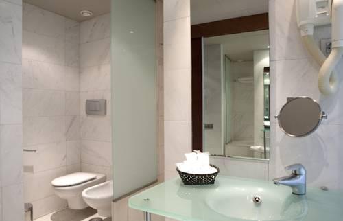 Superior Terrace del hotel Eurohotel Barcelona Gran Via Fira. Foto 1