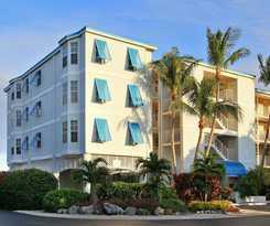 Hotel Ocean Pointe Suites