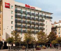 Hotel Ibis Paris Porte De Clichy