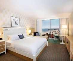 Hotel Wyndham Grand Clearwater Beach