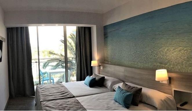 Habitación doble  del hotel Ohtels Roquetas