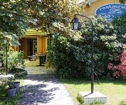 Hotel Logis Hôtel des Pyrénées Rest. la Pergola