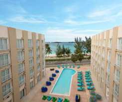Hotel Courtyard Nassau Downtown/Junkanoo Beach