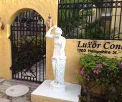 Hotel Luxor Condos